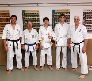 Karate – erfolgreiche Kyu-Prüfung